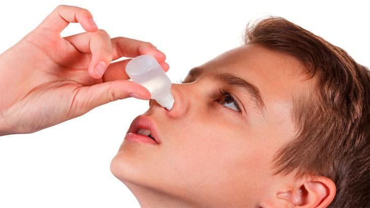 оказании первой помощи пострадавшему при заложенности носа