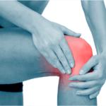 Простая техника поможет избавиться от боли в коленном суставе