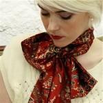 Как красиво завязать шарф или платок? Смотри видео